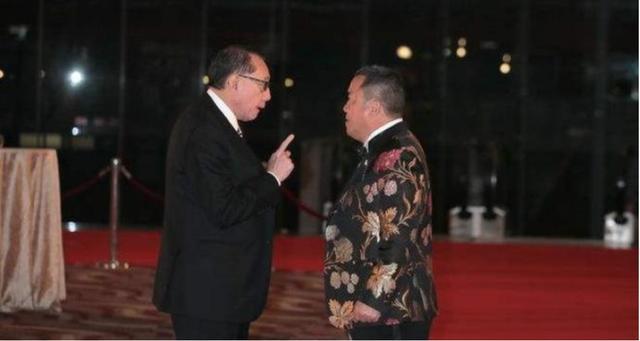 """曾志伟被杨受成暴打,大哥邓光荣出面调解,查清真相说""""该打"""""""